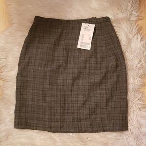 New Escada Wool Blend Grey Plaid Rock Skirt